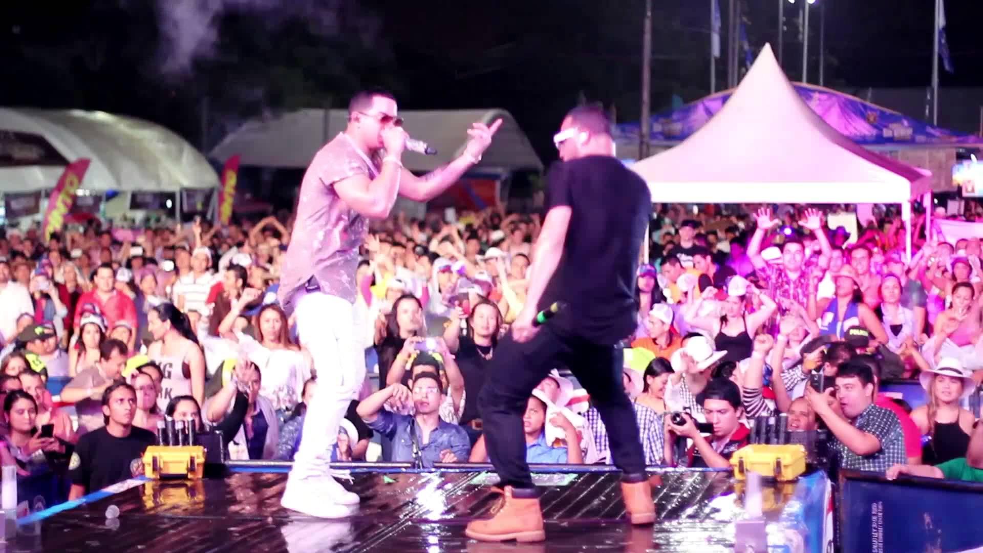 j alvarez bucaramanga tour 2o15 - J Alvarez – Bucaramanga Tour (2o15)