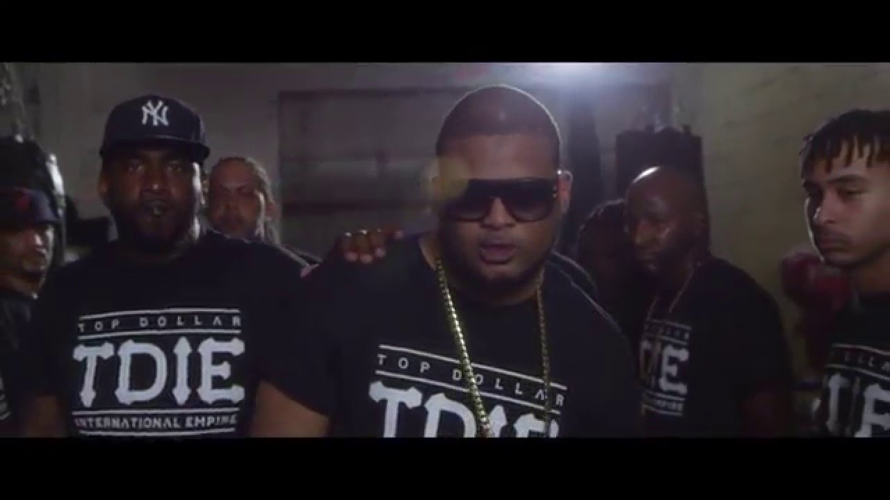 Lapiz Conciente – Uno Por Uno (Official Video)