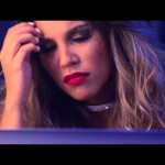 Kanti y Riko Ft Jory Boy – De Copas A Un Beso (Video Oficial)