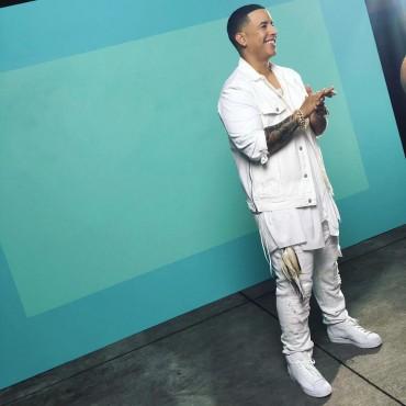 """daddy - Daddy Yankee se encuentra rodando el vídeo de """"Shaky Shaky"""""""