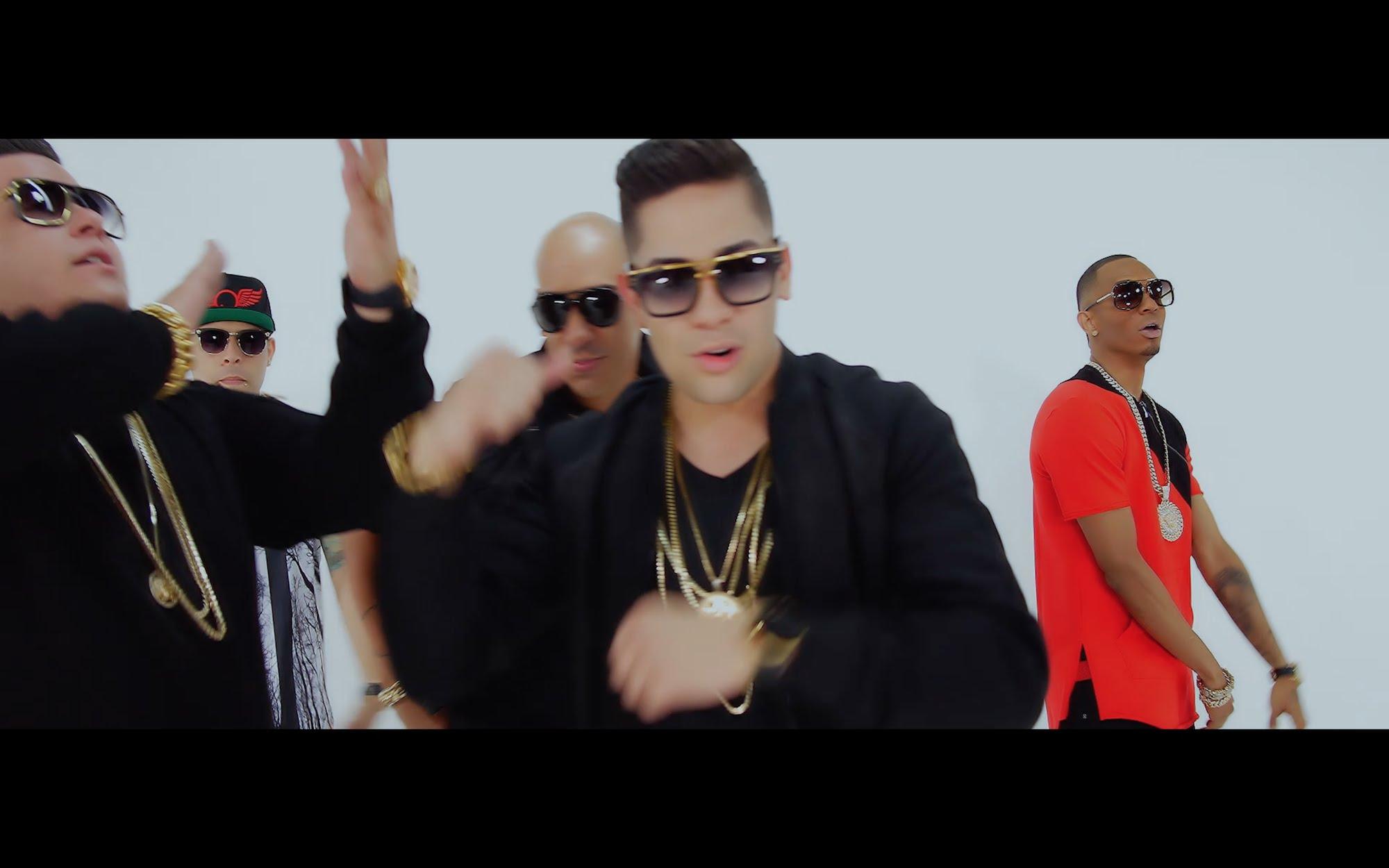 sammy y falsetto ft yomo juanka - Sammy y Falsetto Ft. Yomo, Juanka El Problematik Y Anonimus – Tu Favorito (Official Video)