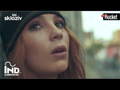 0 1059 - Shakira Ft. Rihanna – Can't Remember To Forget You (Official Video)