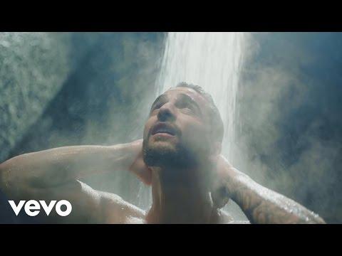 0 1104 - Maluma – Felices los 4 (Official Video)