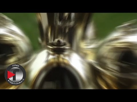 0 1108 - Musicologo y Menes Feat Farruko – Mundo Aparte (Concepto Video)
