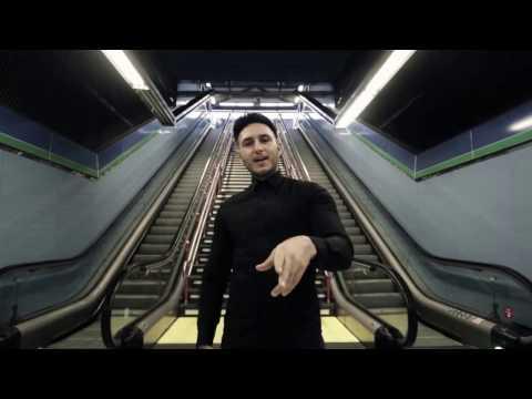 0 1742 - Omar Montes ft. Moncho Chavea - Cuando un amigo se va (Official video)