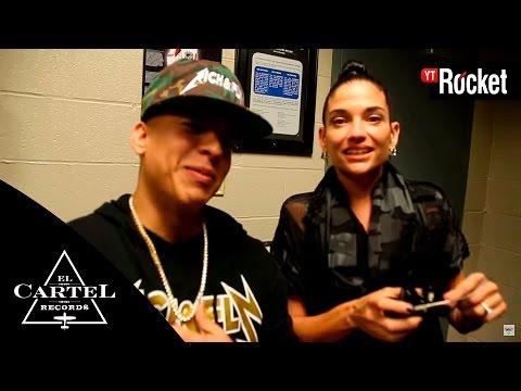 0 2261 - Daddy Yankee vacilando con Natalia Jiménez