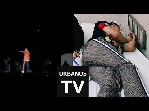 0 307 - Bad bunny se cae de la tarima en pleno concierto de panamá (checa el vídeo)