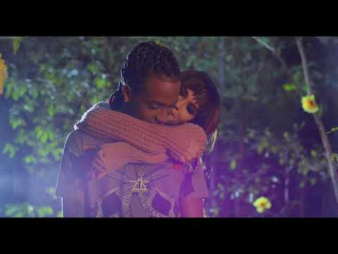0 470 - Amenazzy Ft. Lary Over – Solo (Official Video)