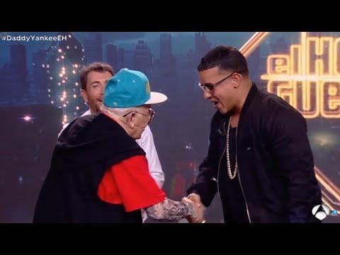 """0 819 - Daddy Yankee y Daddy Melquiades bailan el """" Taca Taca """""""