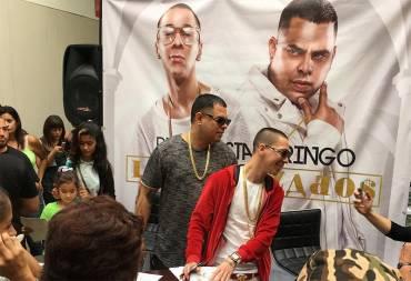 jiPtQkN - Baby Rasta y Gringo firmaron autógrafos en Puerto Rico