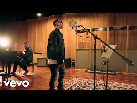 0 34 - J Alvarez – Motivame (Official Video)