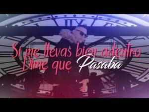 0 39 300x225 - Srta Dayana – Disfrazado De Maluma (Reggaeton Version) (Video Official)