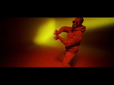 0 32 - Casper Magico, Nio Garcia, Darell, Nicky Jam, Ozuna y Bad Bunny – Te Bote (Remix) (Official Video)