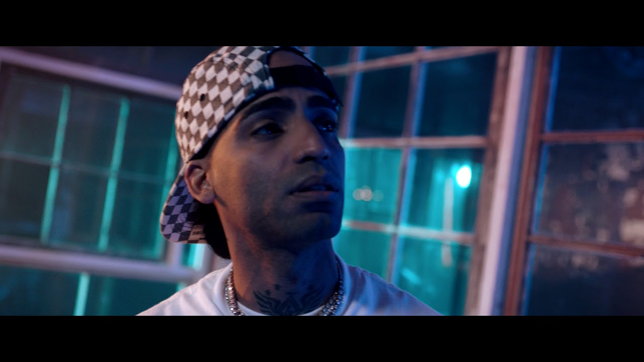 1425 13 - Rey Chavez Feat Arcangel – Dime Por Que (Official Video)