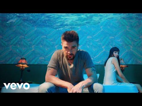 0 1 - Juanes – Pa Dentro (Official Video)