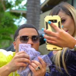 10392264 186075637641 1137264 n 1 1 - Juhn El All Star – Selfie (Video Oficial) (El Más Que Escribe The Álbum)