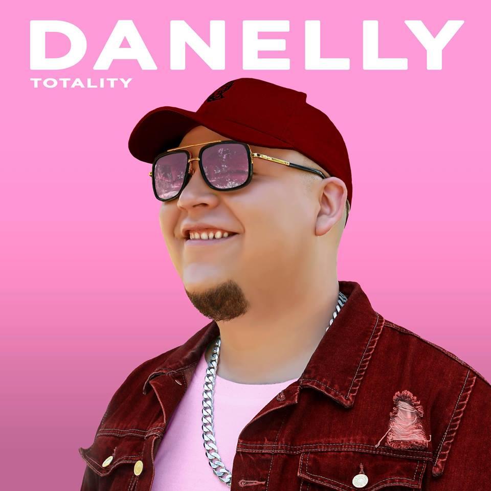 15 - ''Danelly sigue posicionándose en el Género Urbano''