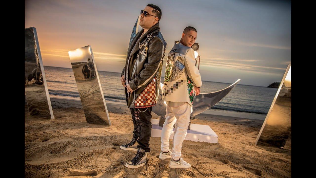 si2kzfwxmpw - Baby Rasta y Gringo – Envuelta (Making Of)