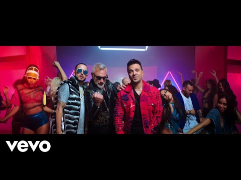 0 24 - Gianluca Vacchi Feat Luis Fonsi, Yandel  - Sigamos Bailando (Video Official)