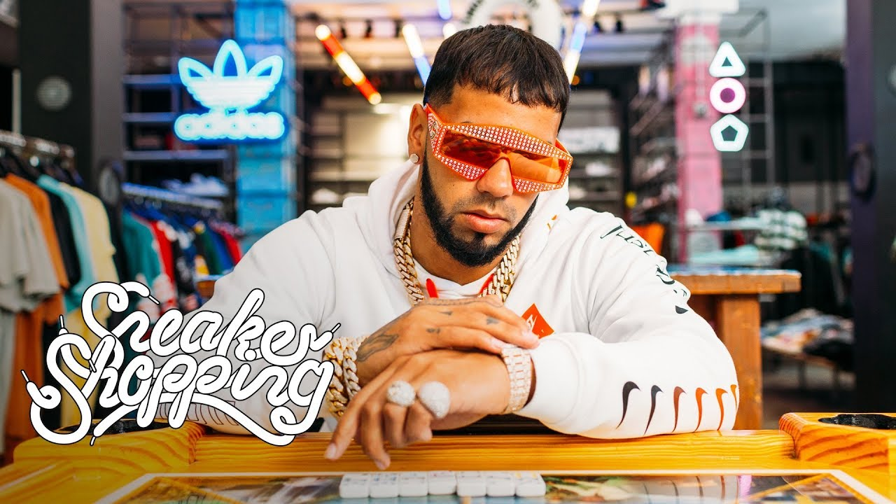j1ebhisfz8w - Anuel AA Goes Sneaker Shopping With Complex