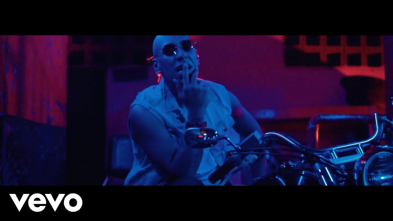 nl ss9l7iqu - Yomo – A Solas (Official Video)