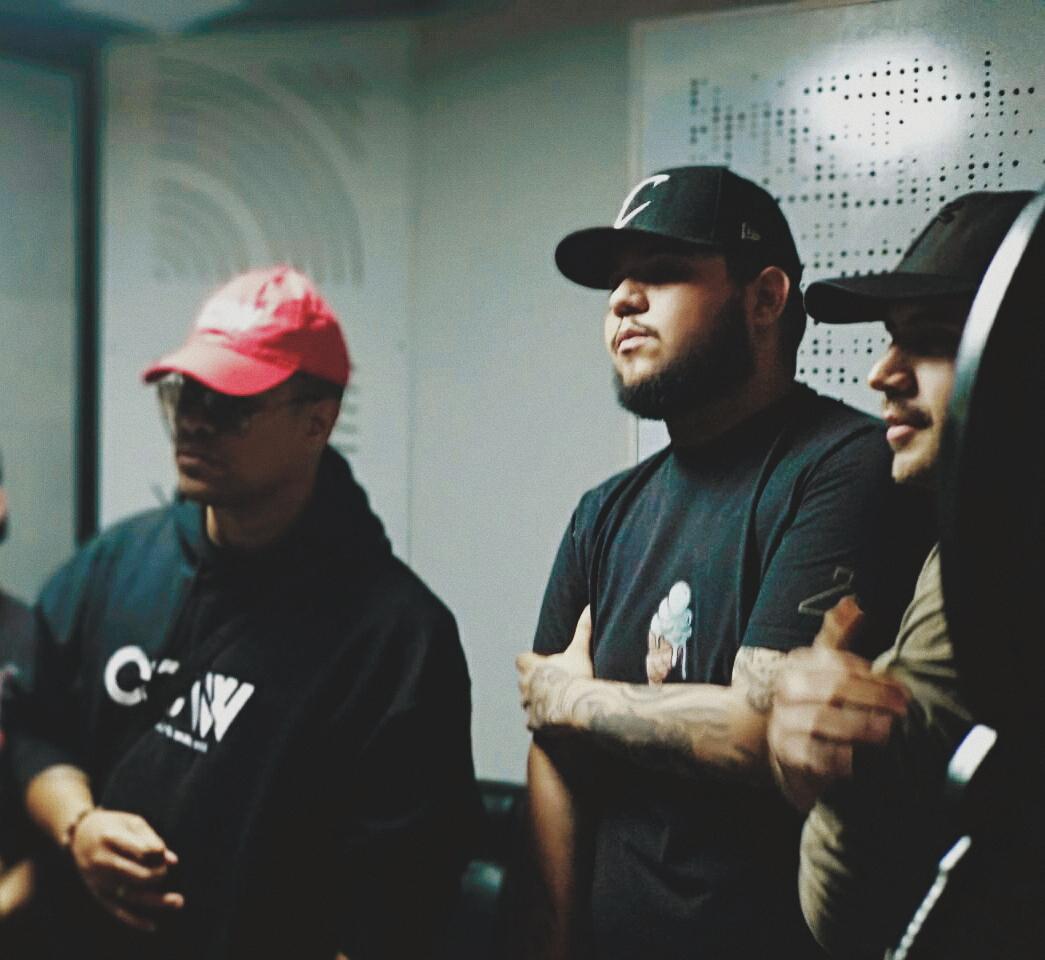 Ac Black se encuentra trabajando una canción junto Amaro - Ac Black se encuentra trabajando una canción junto Amaro
