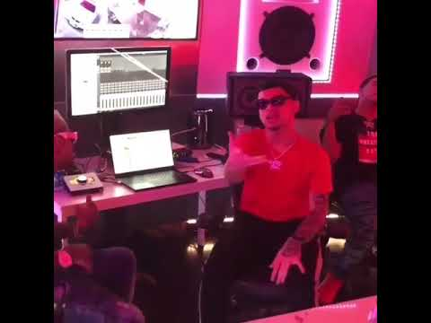 0 72 - Bryant Myers Ft. Hozwal – Amor De 3 (Preview)