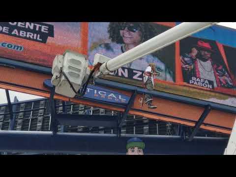 0 22 - Jon Z arriega su vida promocionando su concierto en Puerto Rico