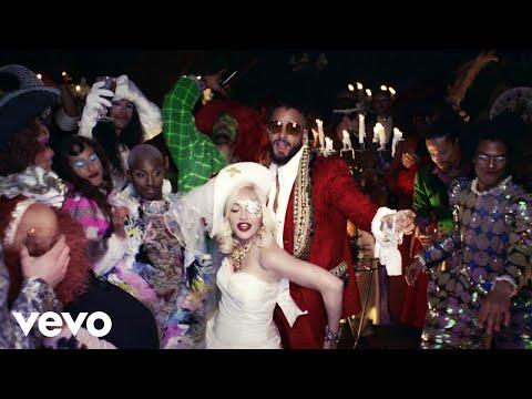 0 62 - Madonna Ft. Maluma – Medellin (Official Video)