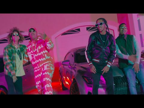 0 45 - Pacho Ft. Myke Towers, Jon Z y Goldy Boy – Yo Tengo Una Gata (Official Video)