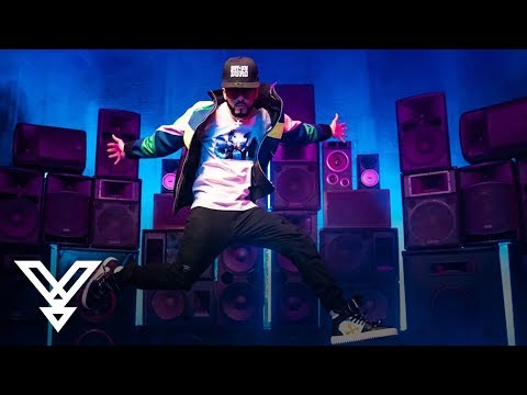 0 62 - Yandel – Perreito Lite (Official Video)