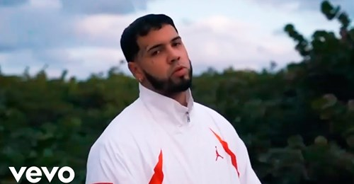 safe image 5 - Anuel AA - Me Contagie 2 ( Video Oficial )